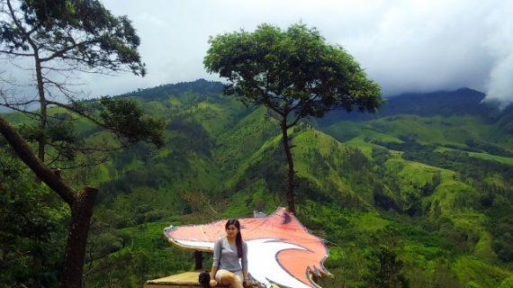 Bukit Budug Asu menjadi destinasi wisata yang mempesona